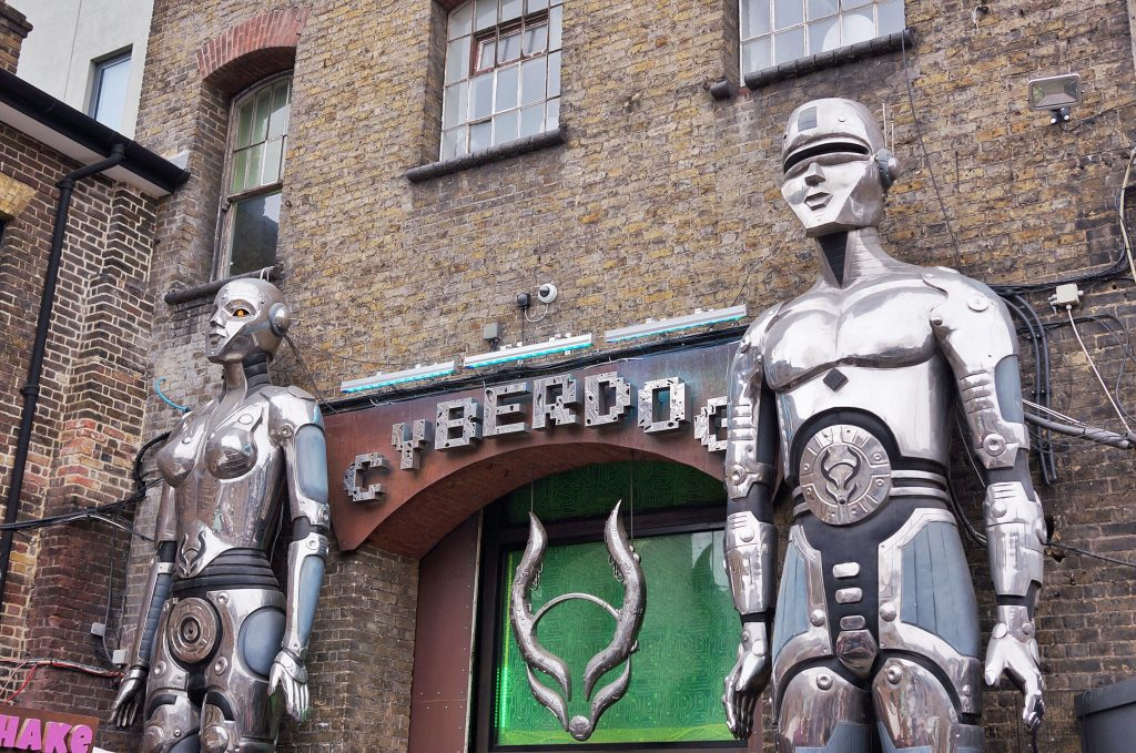 Camden-town-the-stables-cyberdog